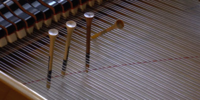 Golf tee piano preparation